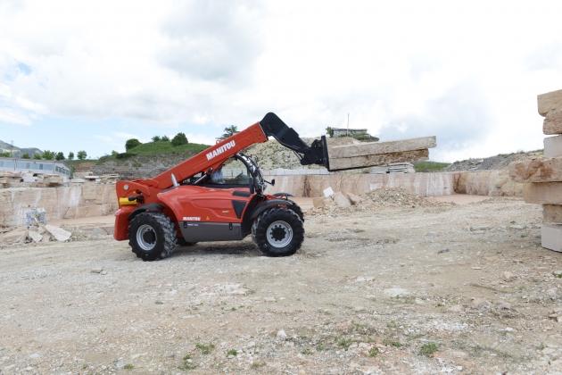 MHT-X 790 / 9噸 7米 重載伸縮臂 8