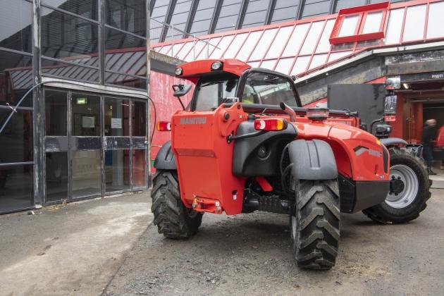 MT-X 1033 / 3.3噸 10米 通用型伸縮臂 9