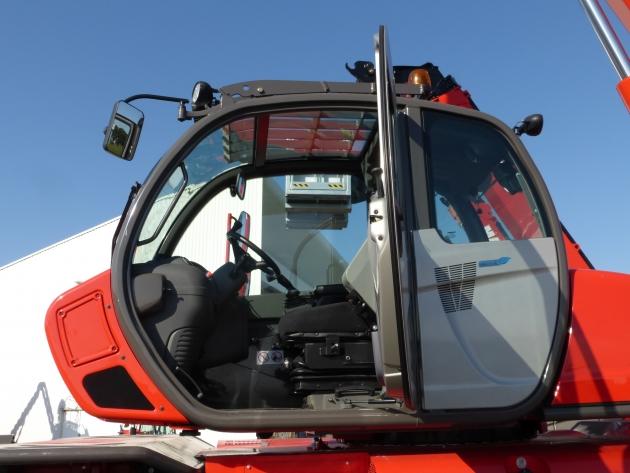 MRT-X 3255P+ / 5.5噸32米 旋轉型伸縮臂 7